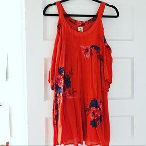 Billabong cold shoulder dress size small
